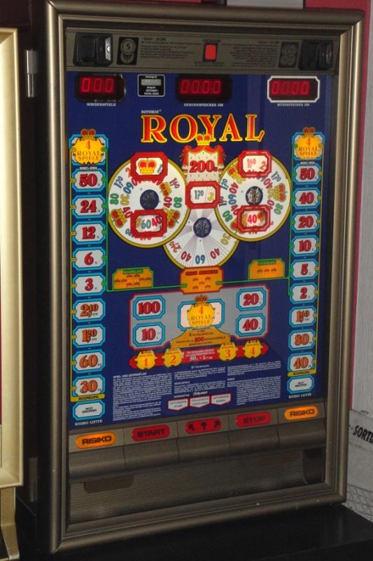Royal_200_S_Rotomat_Bally_Wulff_1986_blau